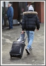 Bremer Galopprennen Mit Shetty 300318 Jockey Mit Sattel Zur Ankleide IMG 0508